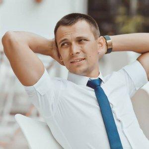 Александр Брат