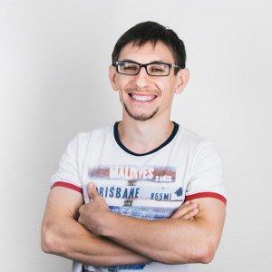 Владимир Страхов
